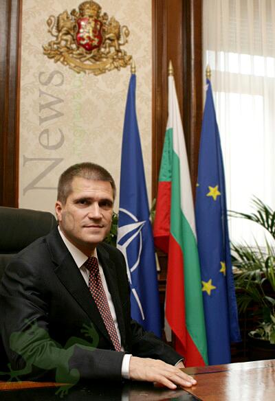 Министър Николай Цонев