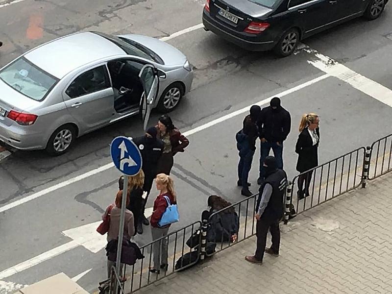 """Прокуратурата прецизира обвиненията срещу кмета на """"Младост"""" Десислава Иванчева, заместничката"""