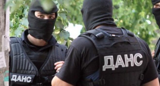 Само във Фрог: ДАНС влезе в БНТ, взе разследването за ваксините на Ахчиева