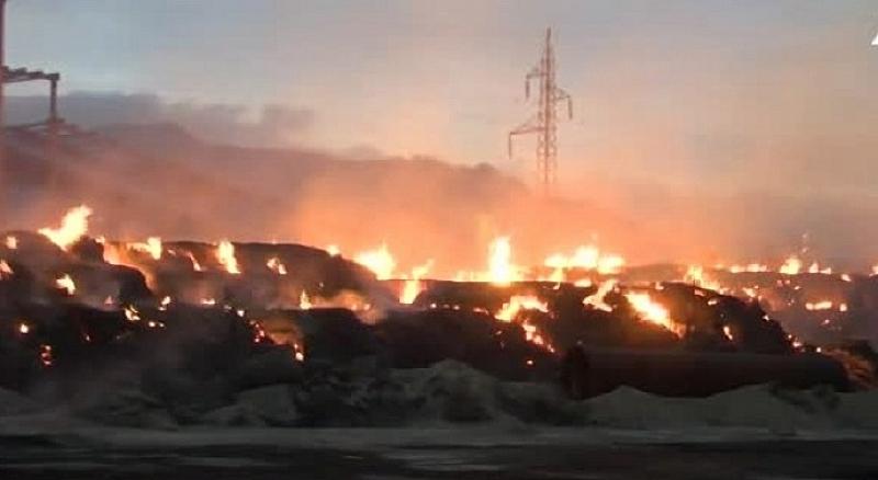 """Огромен пожар гори в ТЕЦ """"Сливен"""". Няма данни за пострадали"""