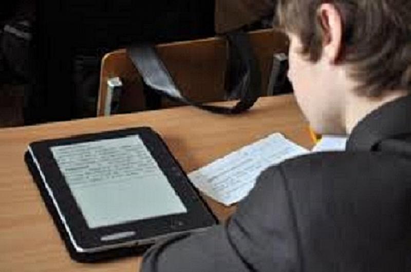 Министерството на образованието съобщи, че се планира отпускането на допълнителни