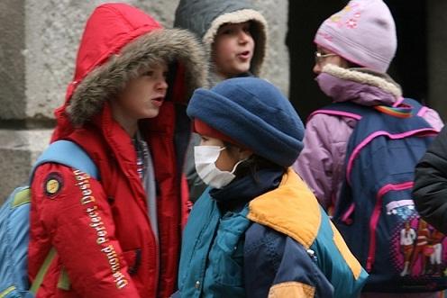 Грипна епидемия ще бъде обявена и в Благоевград. Вълната обхваща