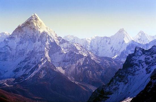 Загиналият алпнинист Иван Томов ще остане завинаги в Хималаите. Той
