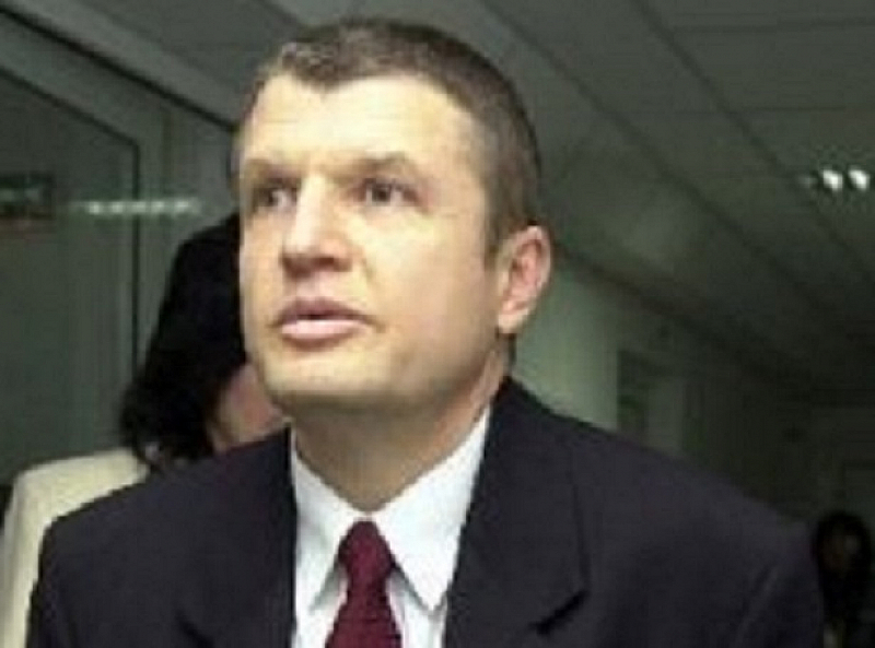 Висшият прокурор Васил Миков е намерен прострелян в жилището си,