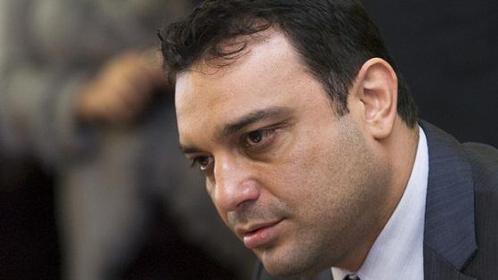 Концесията на Летище София ще бъде подновена, съобщи министърът на