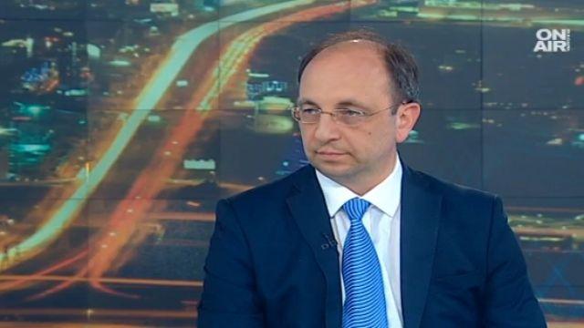 Н. Василев: Скоро ще има утрояване на дълга, спиралата е неизбежна
