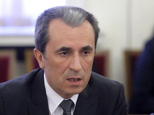 Орешарски: Всички искат да са във властта, няма нормална среда