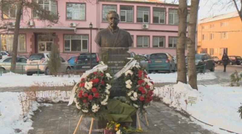 Днес откриха паметника на най-големия дарител на Българския червен кръст