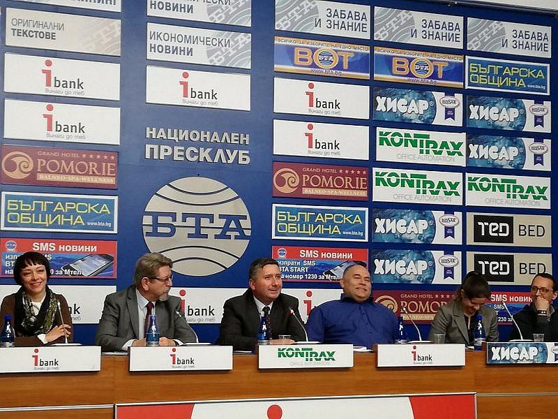 Премиерът Бойко Борисов е съучастник – активен или пасивен –