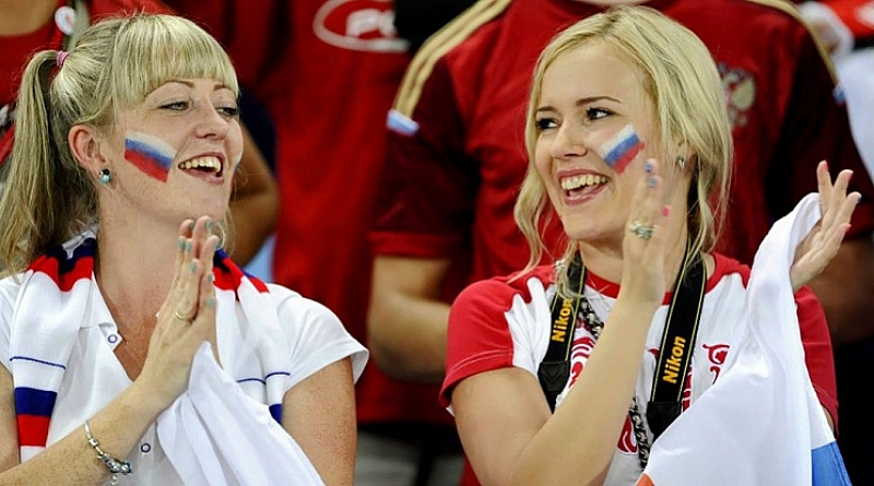 """Група от 14 руски момичета ще """"гонят топките"""" по време"""