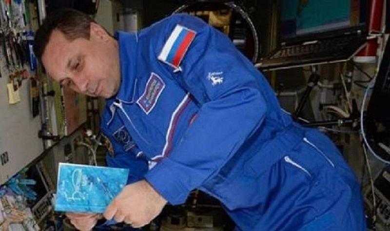 Космонавтът Антон Шкаплеров е гласувал за Путин на борда на