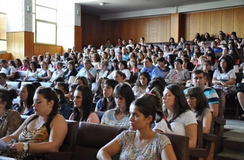 5000 български студенти и тази година стягат куфарите за бригада
