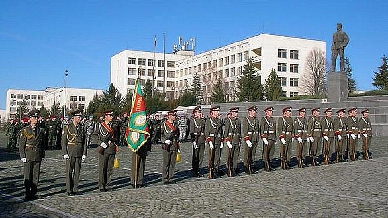"""Националният военен университет """"Васил Левски"""" изпълни на 52% държавната поръчка"""