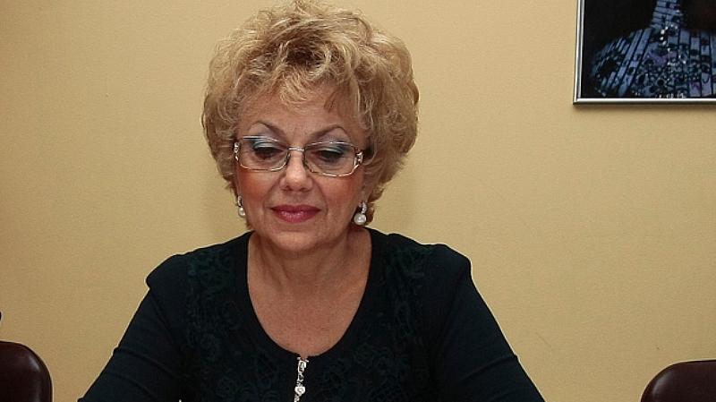 Валерия Велева, известна като Мадам В, взриви социалната мрежа със