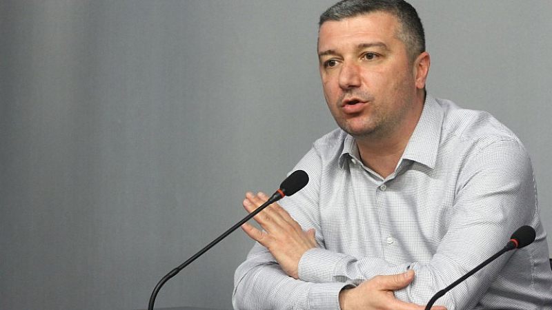 За скандалите в БНР Драгомир Стойнев коментира, че неслучайно България