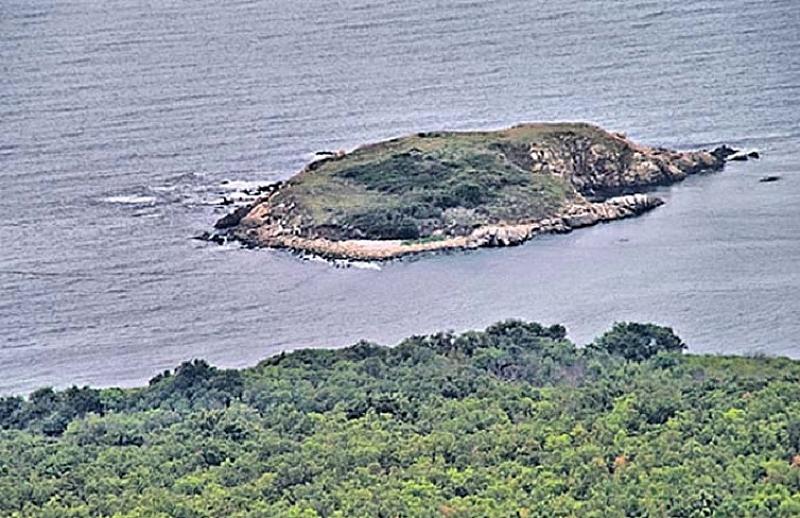 Неизвестна крепост е открита в района на остров Свети Тома