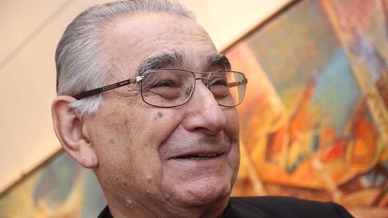 Почина художникът и общественик Светлин Русев. Той е издъхнал на