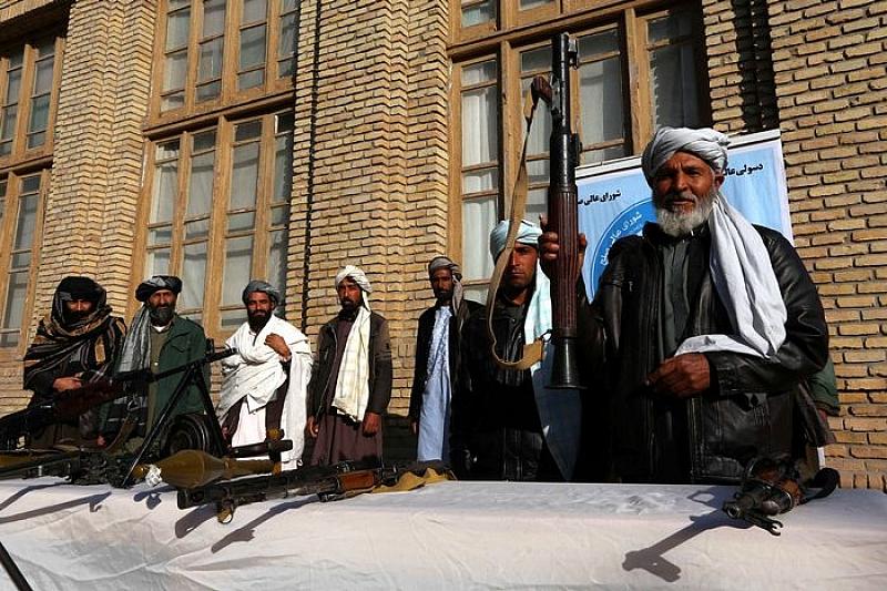 Представители на талибаните са готови да участват в среща за