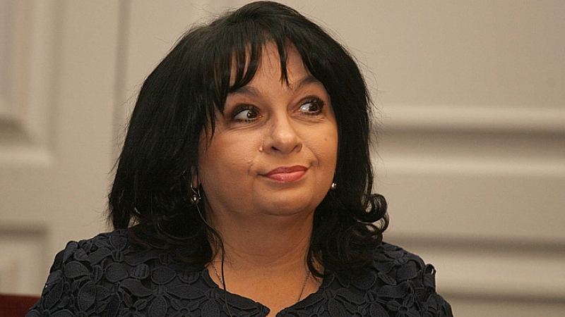 """Снимка: Министър Петкова: Ни шагу назад* по проекта """"Белене"""""""