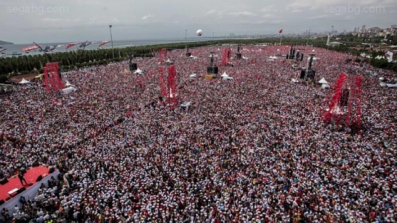 Кандидатът за президентския пост в Турция от основната опозиционна Народно-републиканска