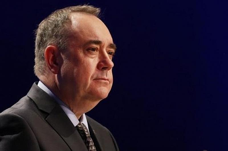 Бившият премиер на Шотландия Алекс Салмънд бе задържан от британската
