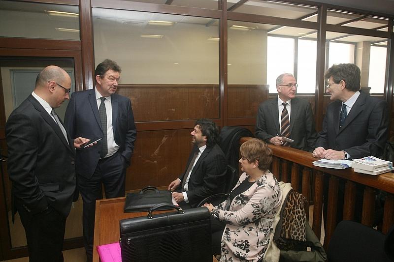 Прокуратурата прави всичко възможно ключови свидетели да не влязат в