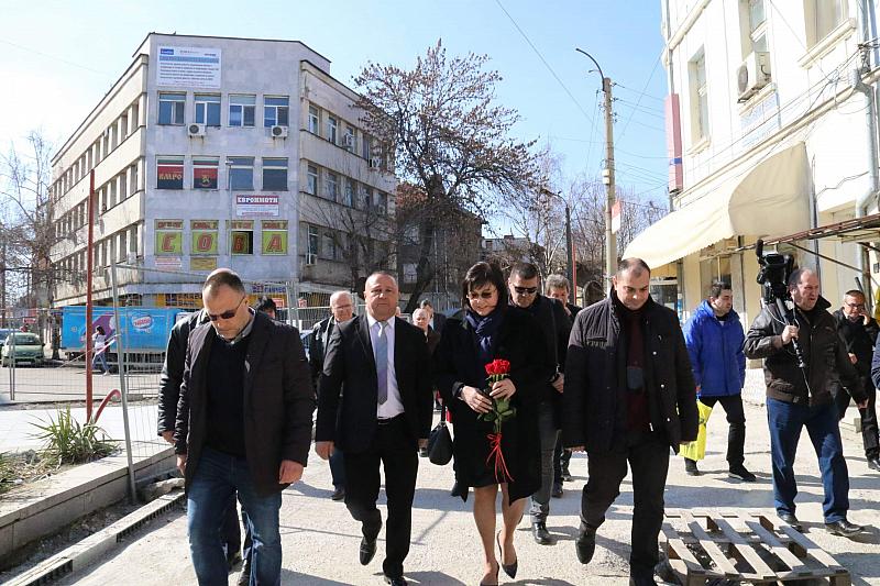 Снимка: Нинова: Правителството на Борисов не се е отказало от Истанбулската конвенция