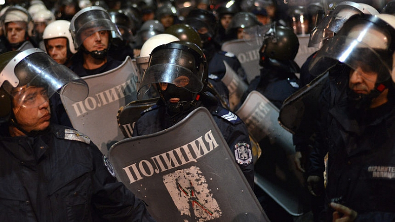 Униформеният полицейски състав спешно да мине на обучение как да