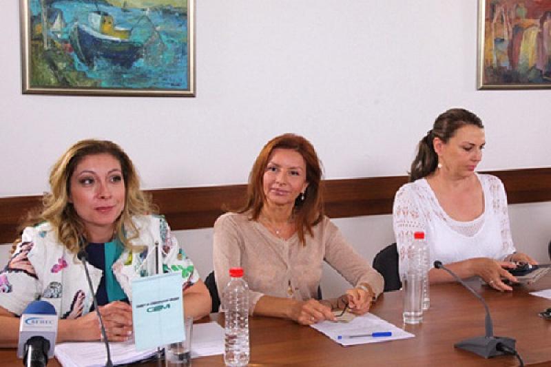 Скандал между двама от членовете на СЕМ -Бетина Жотева и