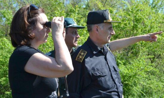 Бъчварова грабна бинокъл и пое българо-сръбската граница