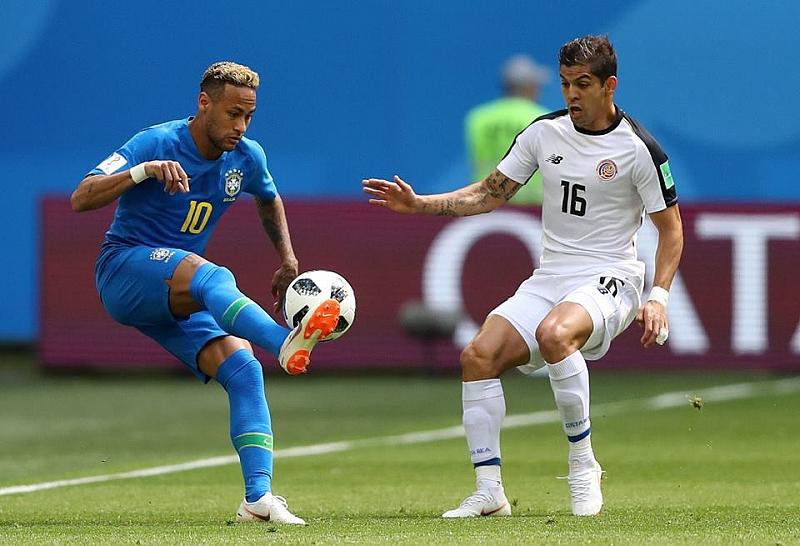 Бразилия стигна до инфарктна победа с 2:0 над коравия опонент