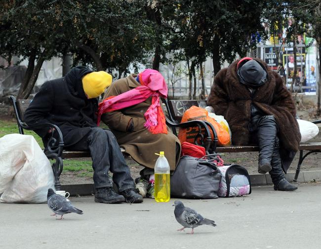 Евростат: България е най-застрашена от бедност в ЕС