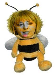 Пчеличката Мая излапа медеца на ТЕЦ-а