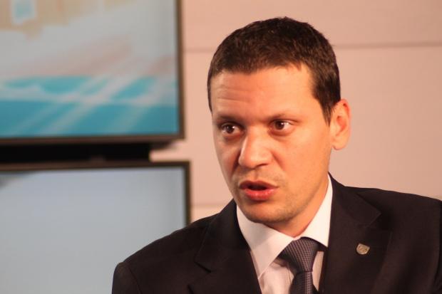 Областният управител на София-област Илиан Тодоров и МВР в лицето