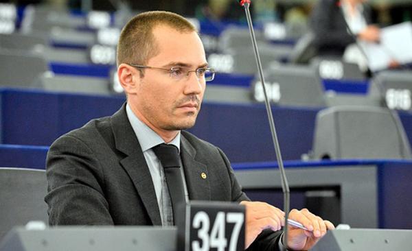 Джамбазки: Трябва да има военно обучение в училищата