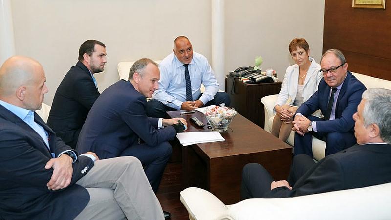 Правителството ще се намеси за разрешаване на проблемите между Българската
