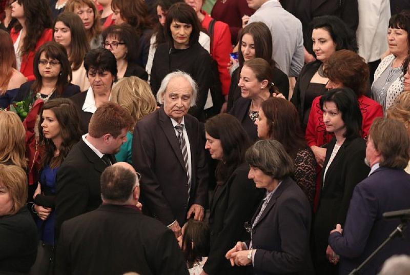 Президентът Румен Радев и съпругата му са домакини на тържеството