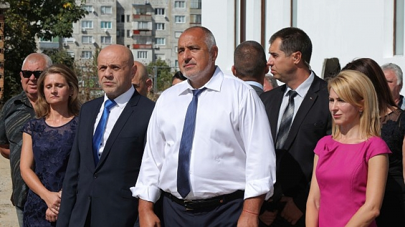 Премиерът Бойко Борисов заяви, че първо ще обсъди с президента