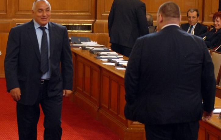 КОЙ е премиер – Борисов или Пеевски?