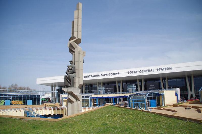 """""""БДЖ-Пътнически превози"""" осигурява над 8 000 допълнителни места във влаковете"""