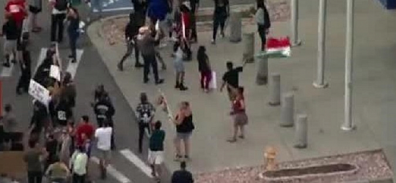 Властите в десет американски града започват арести и масови депортации