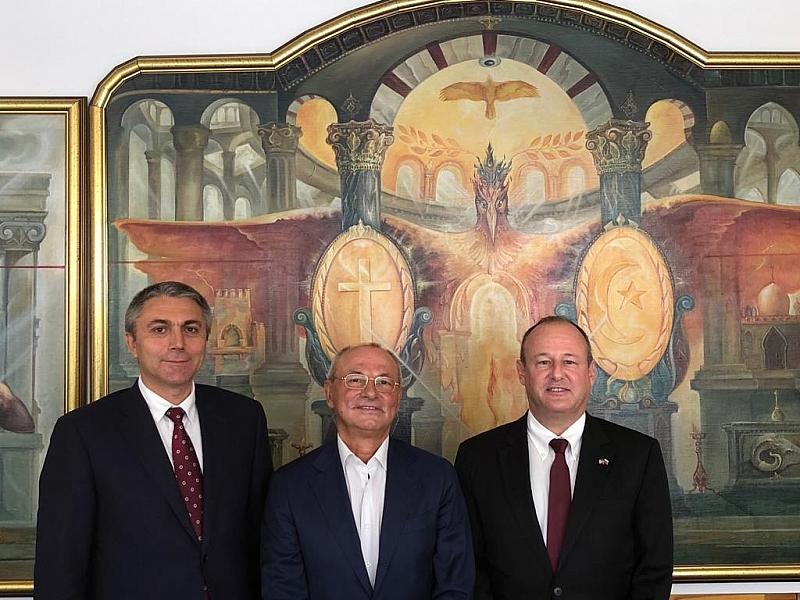 Ахмед Доган и Мустафа Карадайъ са имали среща с посланика