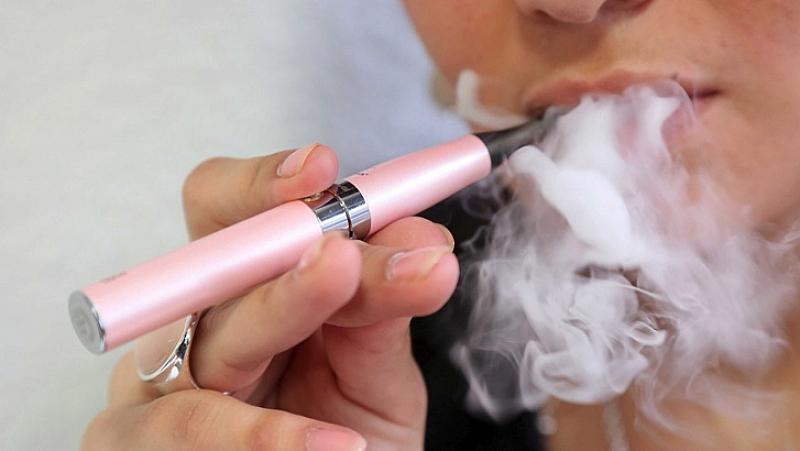 Втори американски щат въведе забрана на ароматизираните електронни цигари. Ню