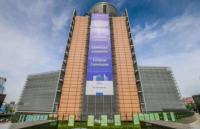 Европейският съюз създава европейски фонд от 100 милиарда евро за