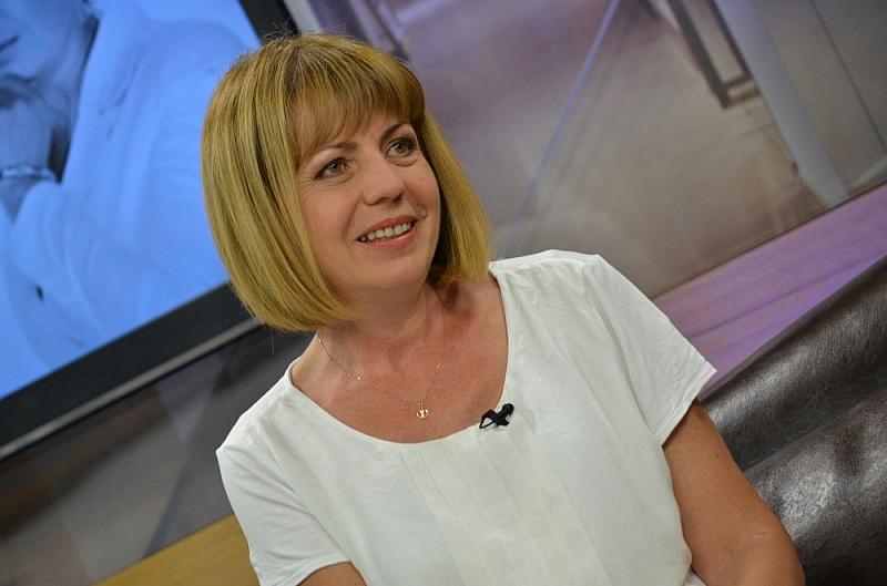 Кметът на София Йорданка Фандъкова откри топлата вода, сещайки се,