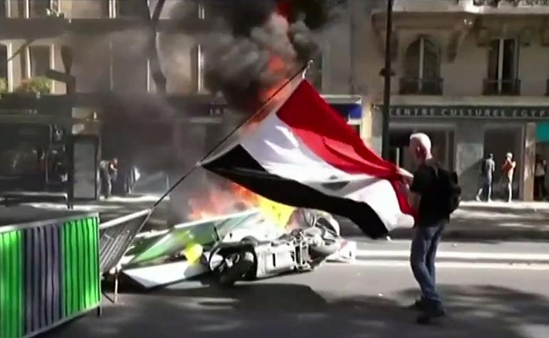 Повече от 150 души бяха арестувани в Париж, по време