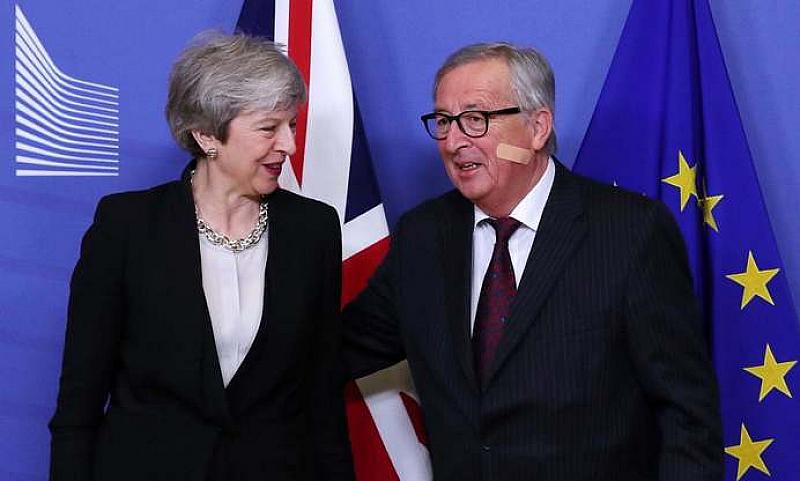Снимка: Юнкер не е оптимист за Брекзит със сделка
