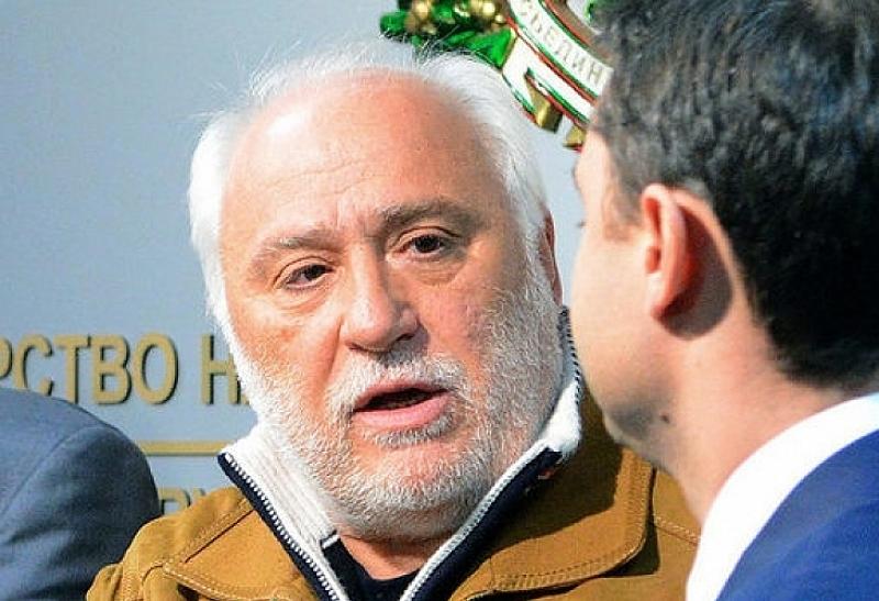 """Снимка: Собственикът на """"Дунарит"""": Има твърда, последователна, добре организирана и целенасочена атака срещу мен"""