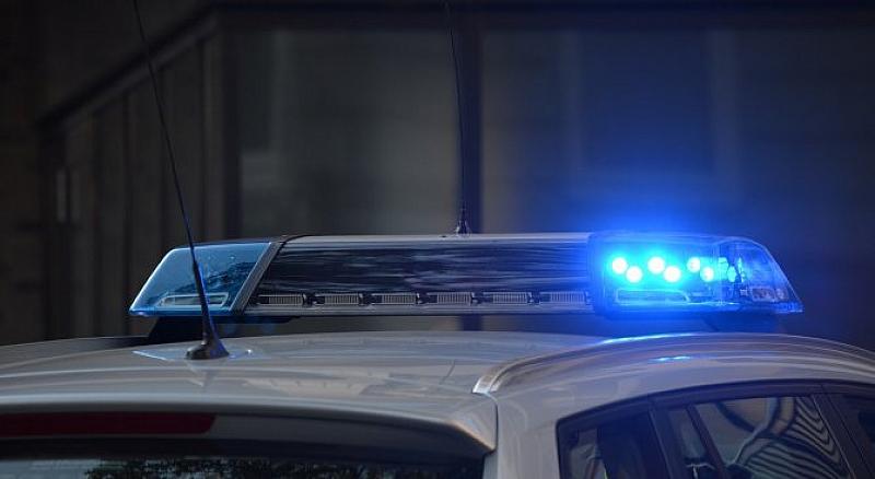 """Германската полиция обяви в """"Туитър"""", че неизвестен засега нападател е"""
