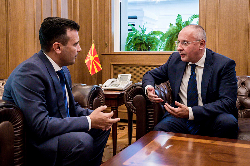 """Правителството на Заев изпълни ангажиментите си, на ход е Съветът.""""От"""